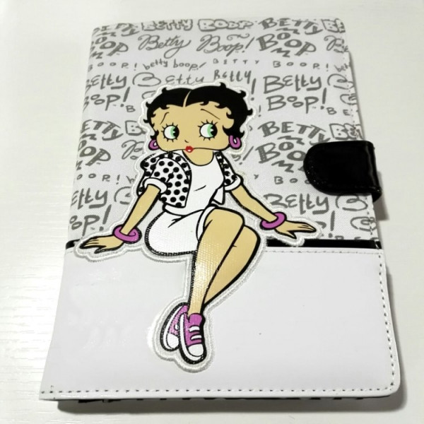 Portadocumenti di Betty Boop per libretto sanitario del cane